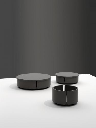 01.03.Containerblack